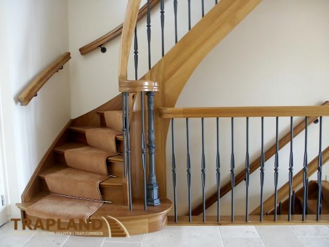 Voorbeelden nieuwe trappen trapland traprenovatie - Trap metaal hout ...